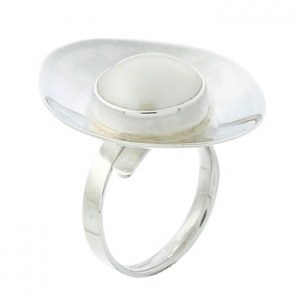 Cup shaped silver freshwater pearl ring