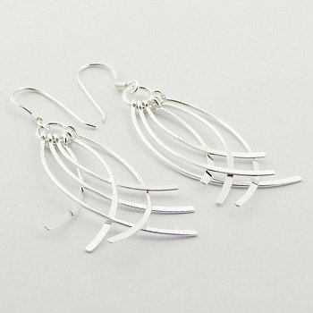 Feather-like silver dangle earring