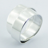 Interlocked silver band ring