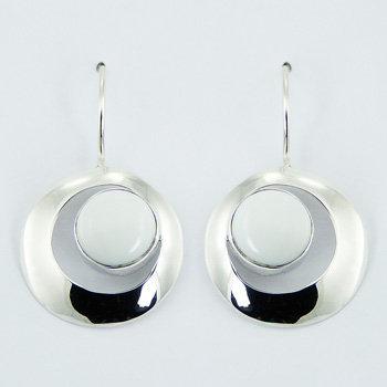 Round hydro quartz drop earrings