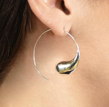 Silver elegant modern hoops