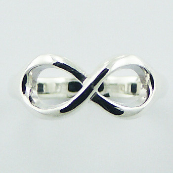 Simple infinity silver ring