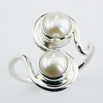 Stylish double freshwater pearl silver ring