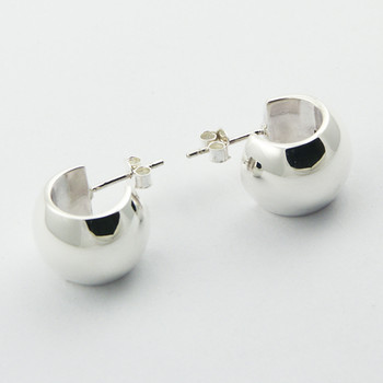 Wide stud simple silver earrings