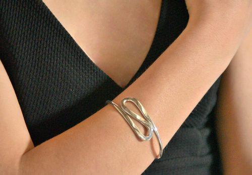 Classy wavy silver cuff